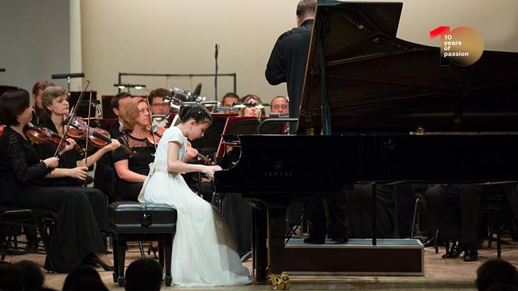 [#medicitvis10] Alexandra Dovgan plays Mendelssohn's Concerto for Piano No. 1 in G Minor, Op. 25