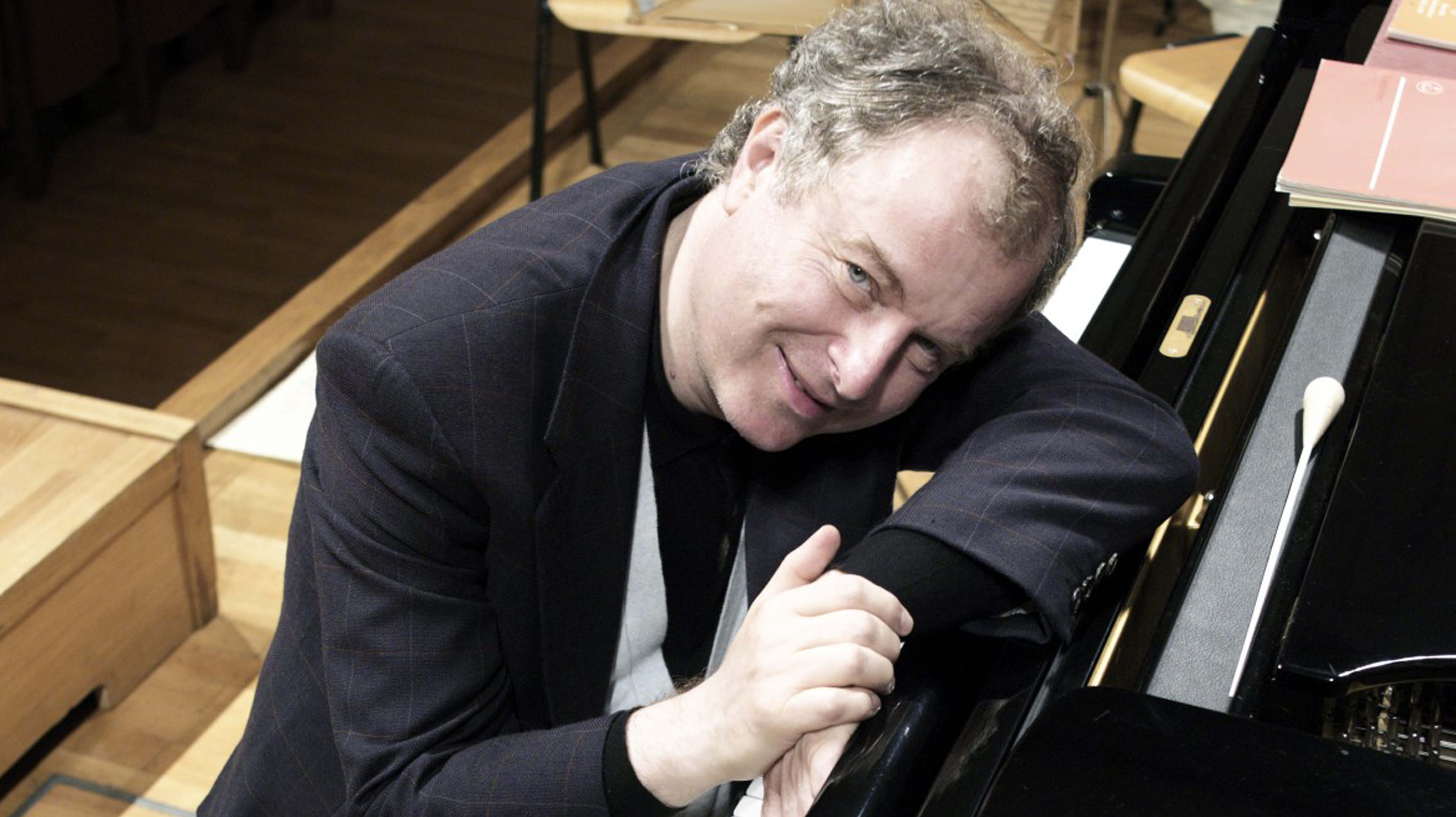 András Schiff plays Haydn, Beethoven