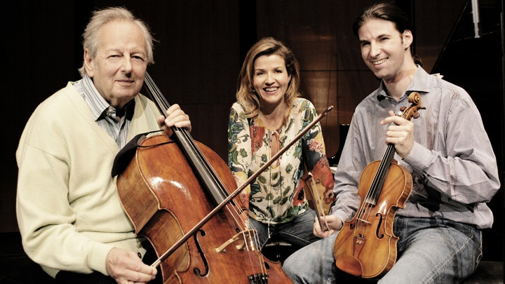 Anne-Sophie Mutter, Daniel Müller-Schott and André Previn play Mozart's trios