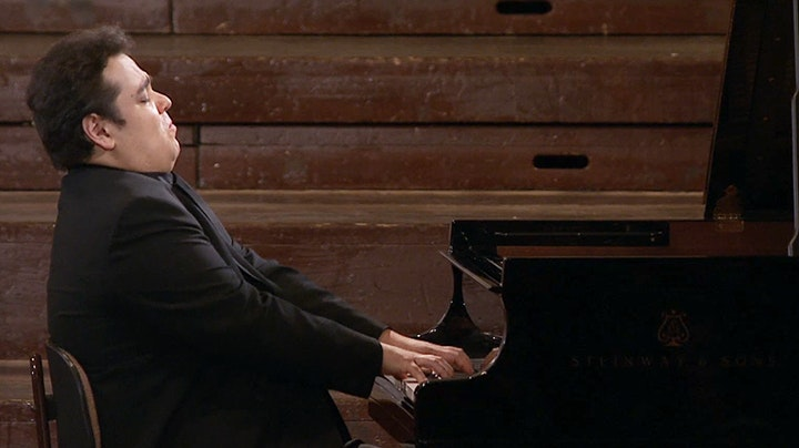 Arcadi Volodos plays Scriabin, Ravel, Schumann and Liszt