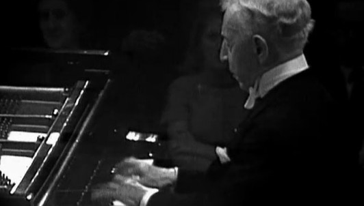 Arthur Rubinstein plays Beethoven's Piano Concerto No. 4 and Chopin's Polonaise No. 6