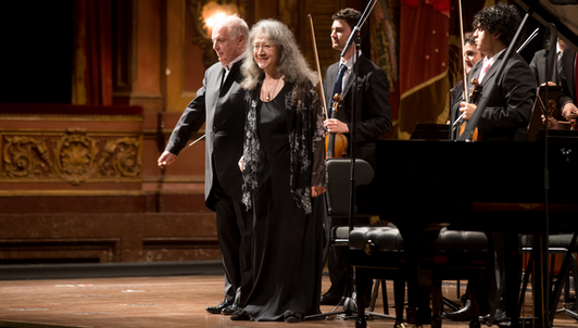 Daniel Barenboim conducts Beethoven and Tchaikovsky – With Martha Argerich