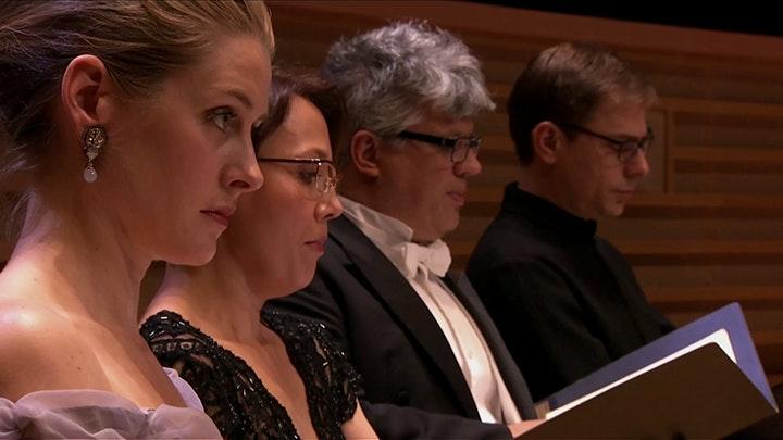 Bertrand de Billy conducts Saint-Saëns and Schubert
