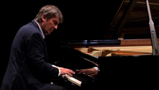 Boris Berezovsky plays Tchaikovsky and Rachmaninov – With Dmitri Makhtin and Alexander Kniazev