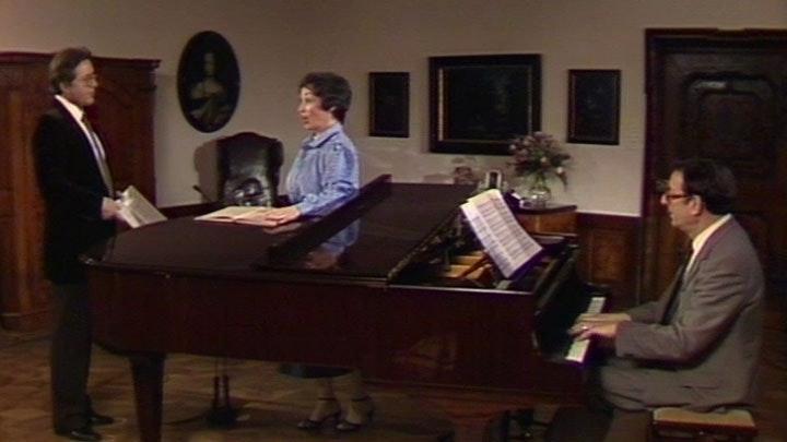 Edith Mathis and Peter Schreier sing Brahms: Deutsche Volkslieder