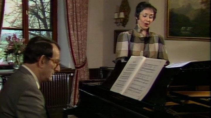 Edith Mathis sings Brahms: Volkskinderlieder