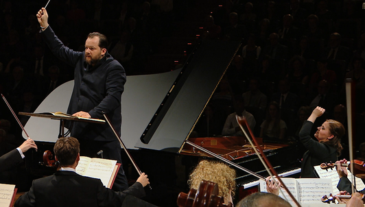 Andris Nelsons conducts Clara Schumann, Betsy Jolas, and Robert Schumann — With Lauma Skride