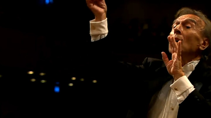 Claudio Abbado dirige la Symphonie n°7 de Mahler