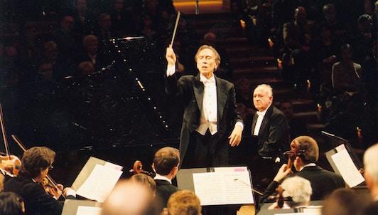 Claudio Abbado et Maurizio Pollini interprètent la Fantaisie chorale de Beethoven
