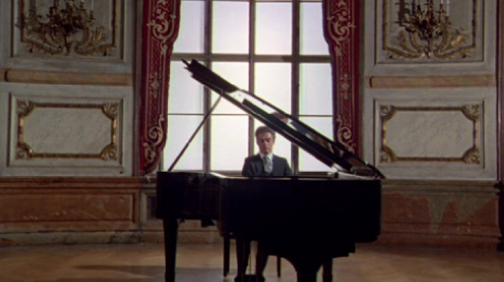 "Daniel Barenboim plays Beethoven's Sonata No. 14, ""Moonlight"""