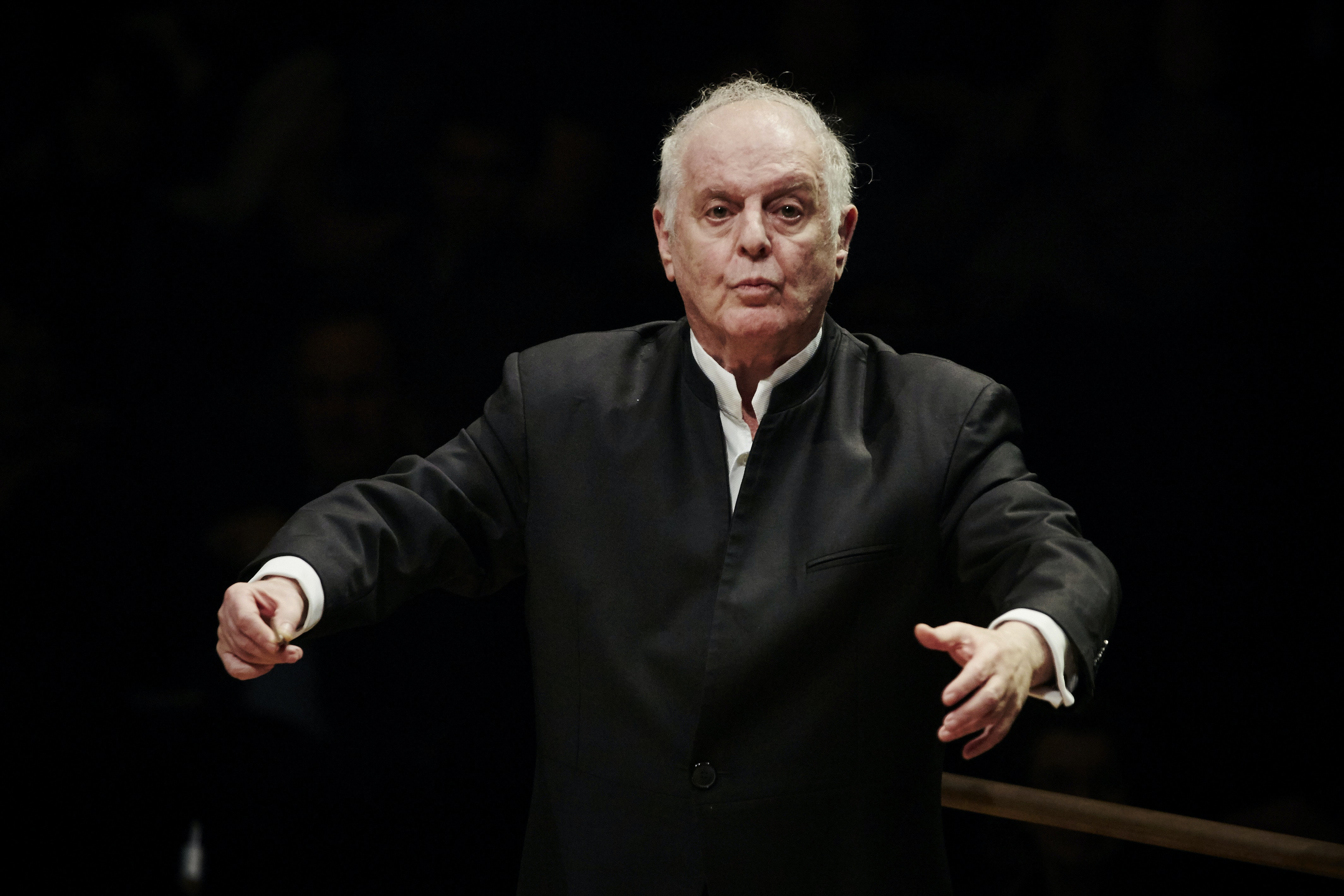 Daniel Barenboim conducts Bruckner's Symphony No. 1