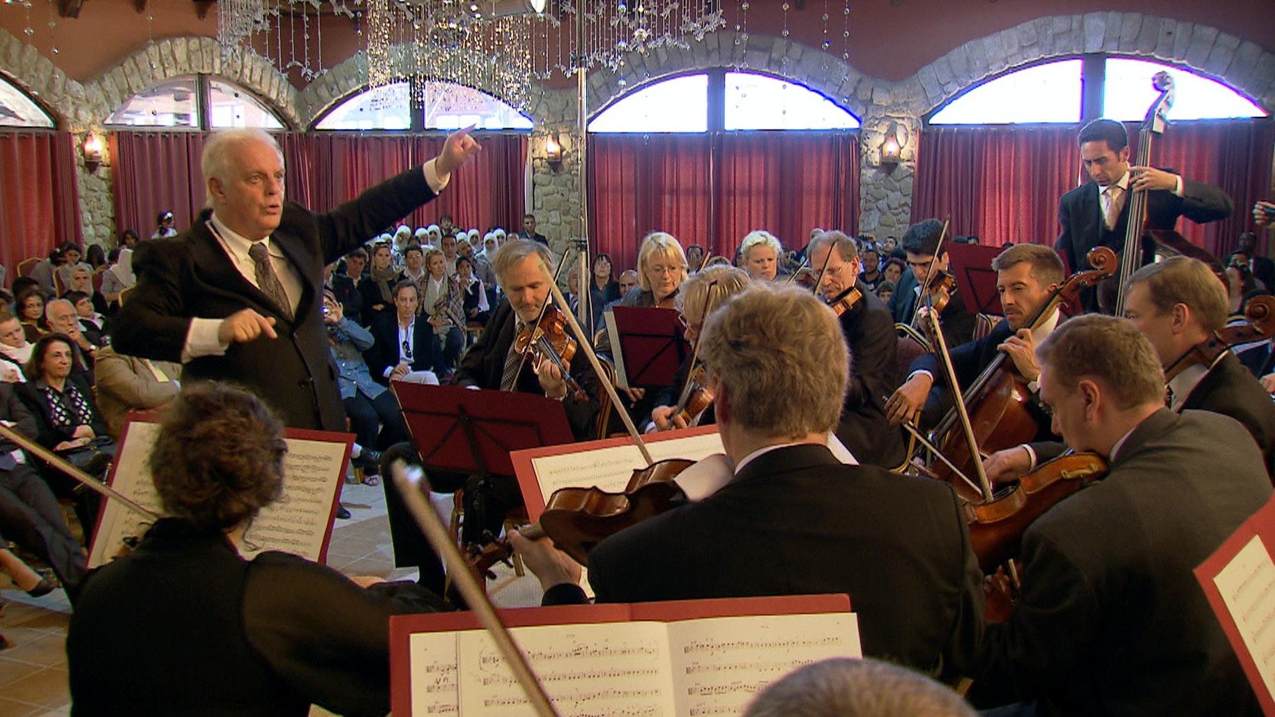 Crossing Borders: Daniel Barenboim on Music (I/III)