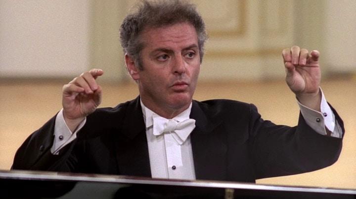 Concert Daniel Barenboim plays and conducts Mozart's Piano ...