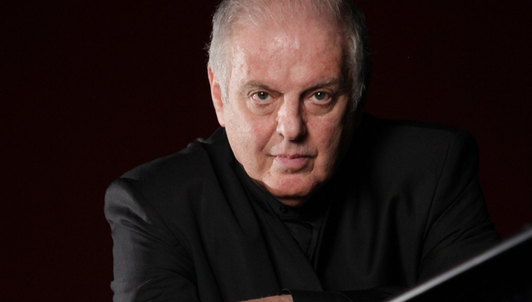 Daniel Barenboim plays Chopin
