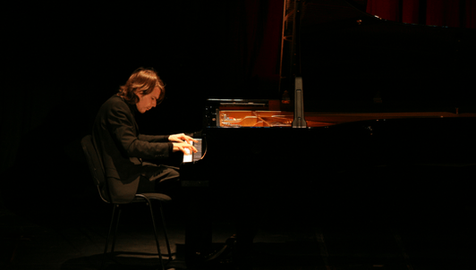 David Fray plays Schubert and Bach