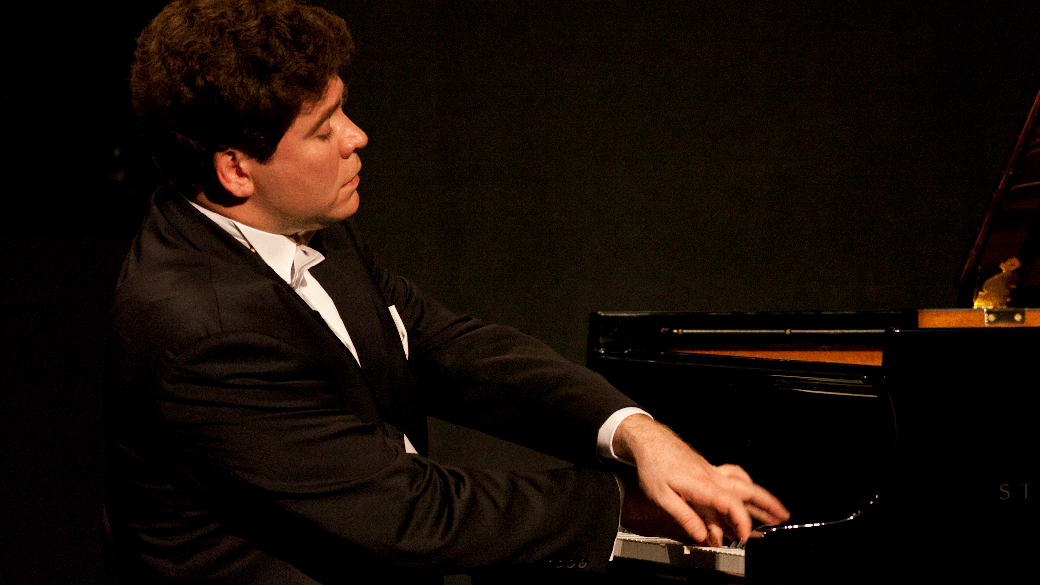 Denis Matsuev plays Schumann and Rachmaninov