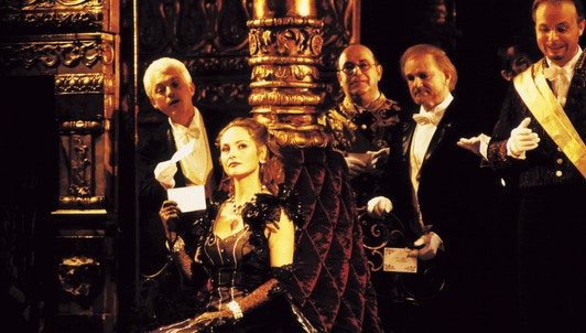 Lehár's The Merry Widow