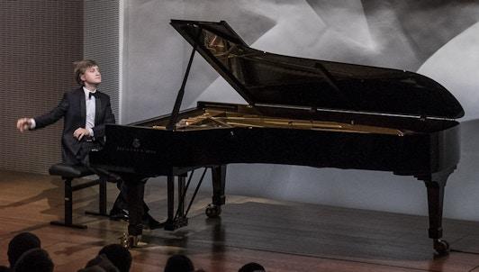 Dmitry Masleev interpreta Scarlatti, Prokofiev, Rachmaninov y Saint-Saëns