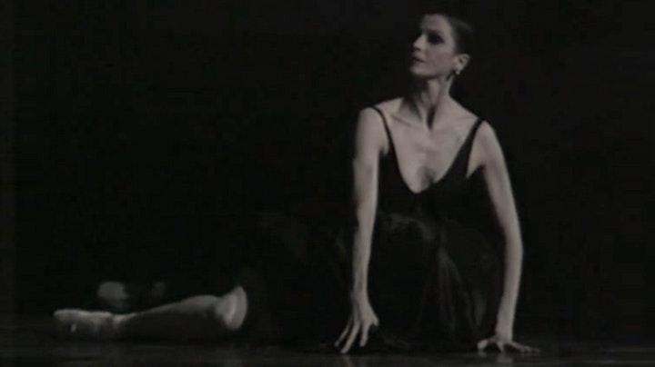 Enas by Marcia Haydée, music by Vangelis Papathanassiou
