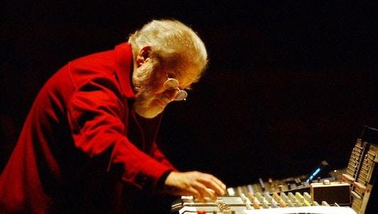 Hommage à Pierre Henry, père de la musique concrète
