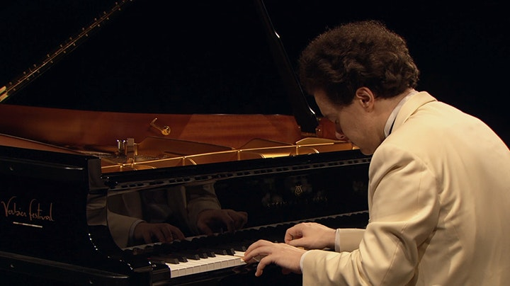 Evgeny Kissin plays Haydn, Beethoven, and Gluck