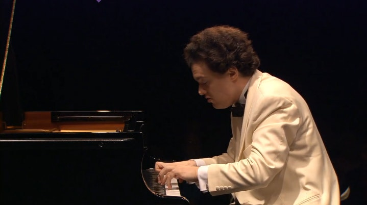 Evgeny Kissin plays Liszt in a recital