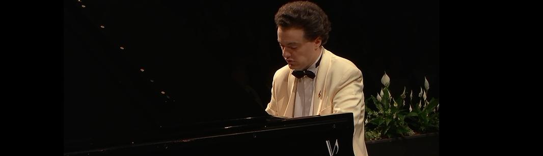 Evgeny Kissin plays Beethoven and Rachmaninov