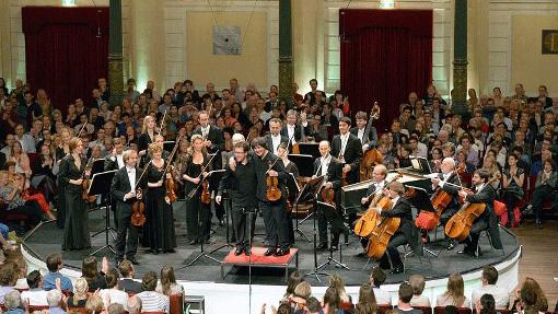 Les Quatre Saisons de Vivaldi et Les Quatre Saisons de Buenos Aires de Piazzolla – Avec Vesko Eschkenazy et Liviu Prunaru