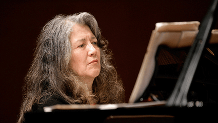Gábor Takács-Nagy conducts Beethoven, Scarlatti, and Mozart – With Martha Argerich and Yuja Wang