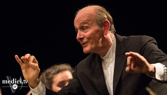 Gábor Takács-Nagy dirige Mendelssohn, Beethoven et Ysaÿe — Avec Augustin Hadelich et Marc Bouchkov