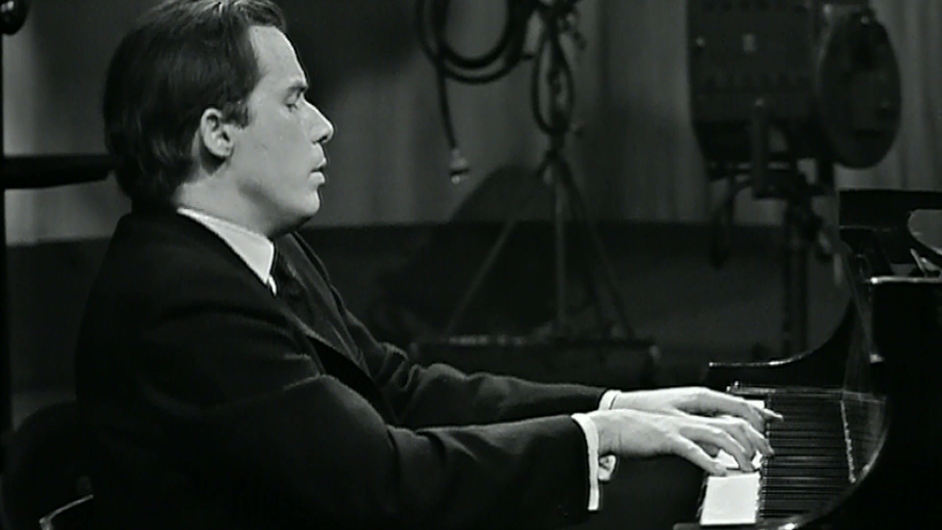 Great pianist Svyatoslav Richter: the life and creative path