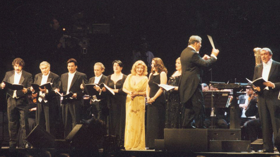 Plácido Domingo, José Carreras, José Cura, Marcelo Álvarez, Barbara Frittoli, and others sing Verdi arias