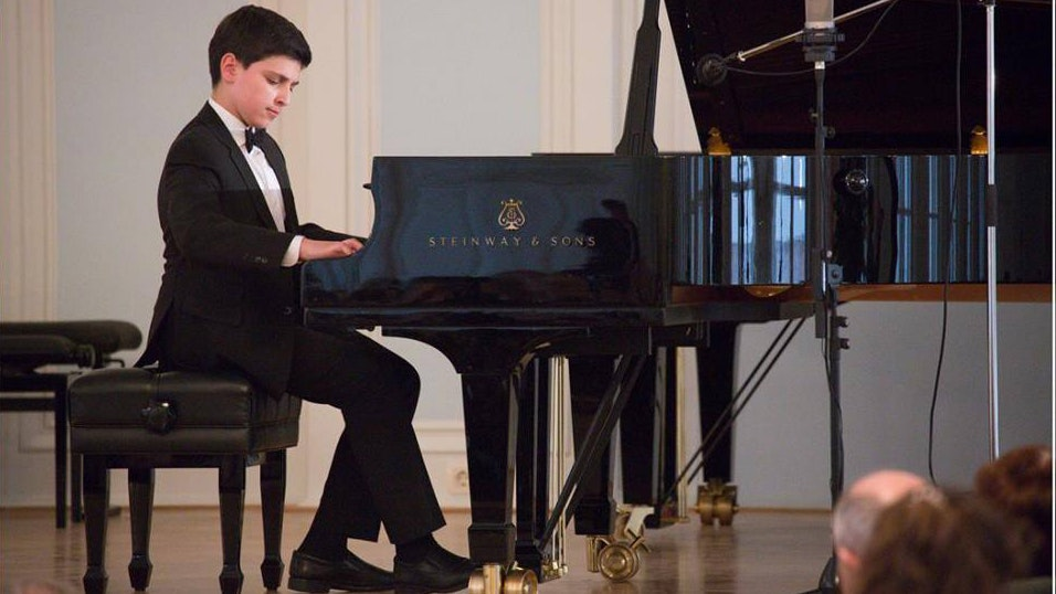 Grand Piano Competition: Round II, day 1
