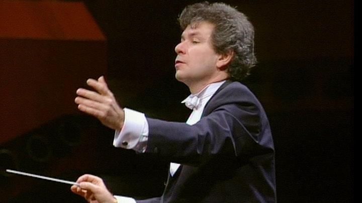 Jiří Bělohlávek conducts Dvořák's Symphony No. 7