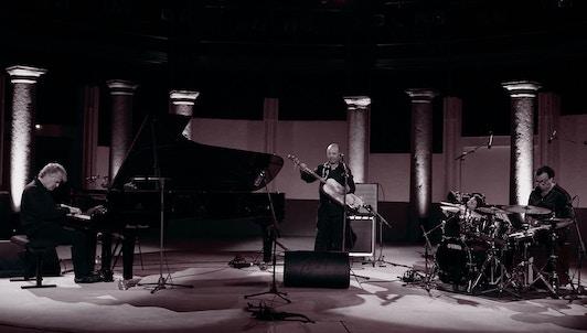 Joachim Kühn Trio Live in Ramatuelle