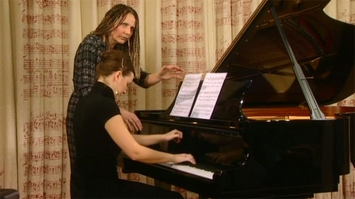 Joanna MacGregor teaches Messiaen: Vingt Regards sur L'Enfant-Jésus