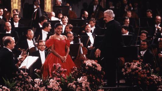 Herbert von Karajan dirige un programa dedicado a la dinastía Strauss – Con Kathleen Battle