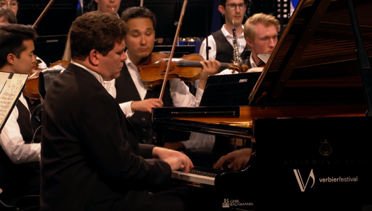 Lahav Shani conducts Prokofiev, Rachmaninov, and Stravinsky – With Denis Matsuev