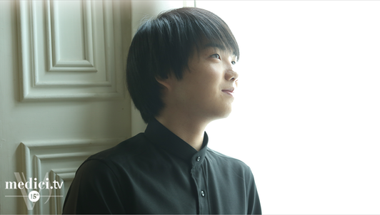 Mao Fujita performs the complete cycle of Mozart's Piano Sonatas (V/V)
