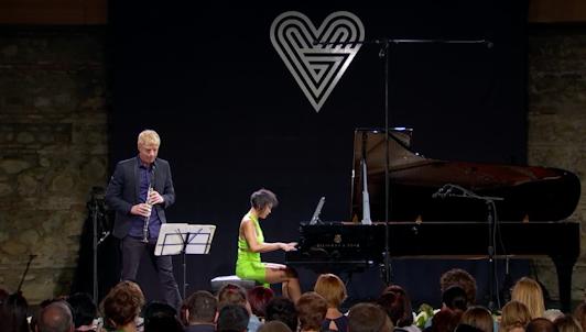 Martin Fröst and Yuja Wang play Brahms