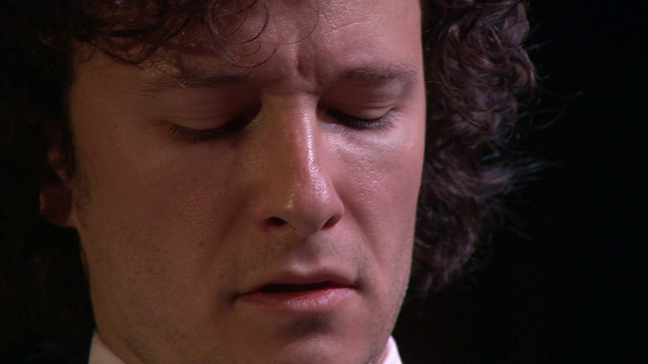 Martin Helmchen plays Bach, Liszt and Beethoven