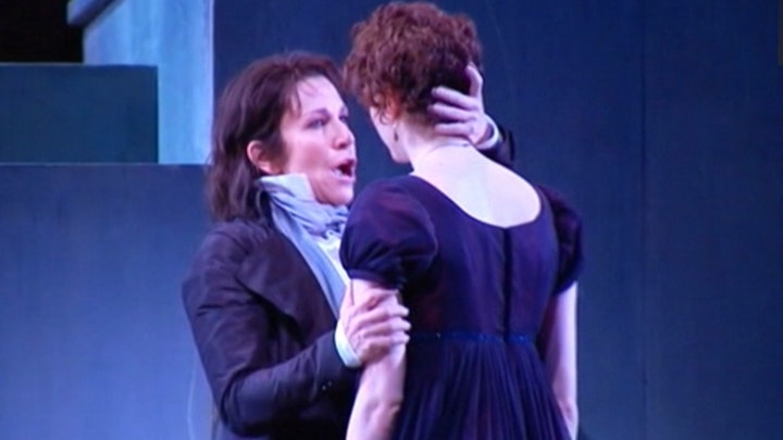 Mozart's 'Clemenza' enchants Chicago's Lyric Opera