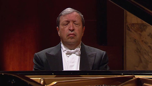 Murray Perahia plays Bach, Beethoven and Chopin