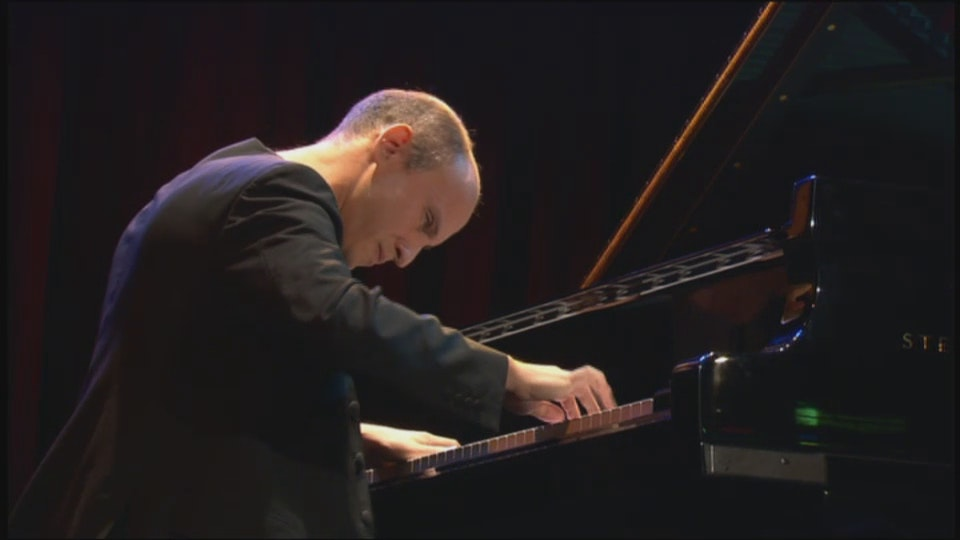 Nelson Goerner plays Beethoven and Chopin