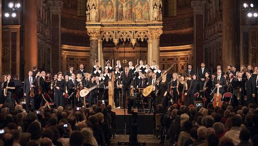 Václav Luks dirige le Te Deum de Lully et Missa Salisburgensis de Biber