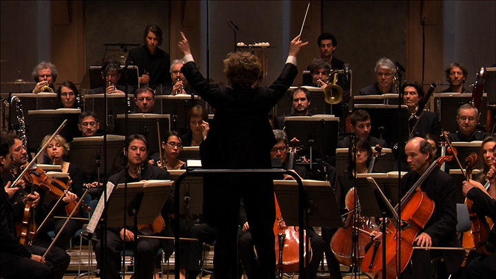 The Orchestre Philharmonique de Radio France performs Manoury and Dusapin