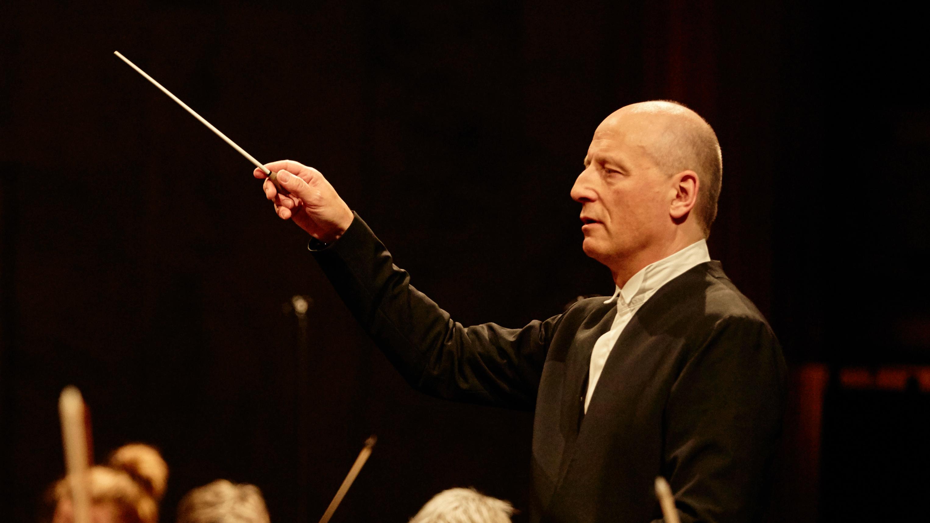 Paavo Järvi conducts Brahms's Symphony No. 4