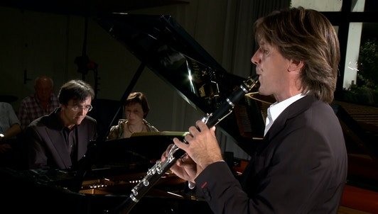 Paul Meyer and Eric Le Sage perform Weber