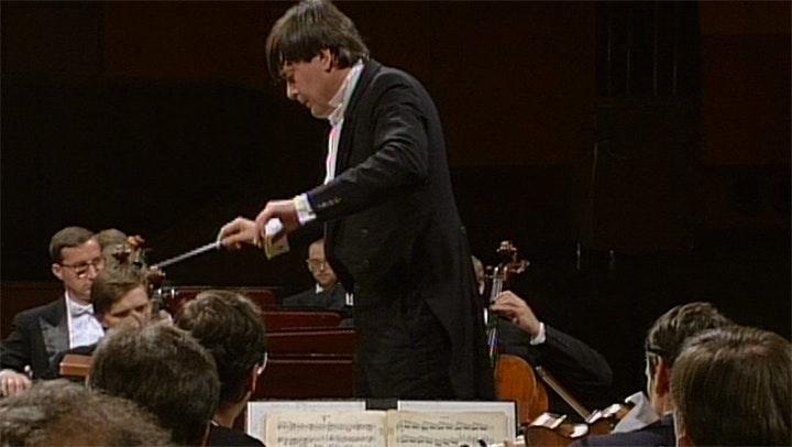 Petr Altrichter conducts Dvořák's Symphony No. 8