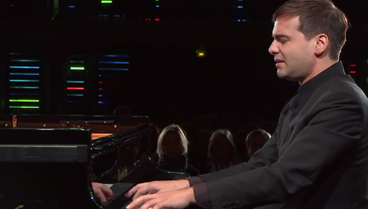 Francesco Piemontesi plays Mozart, Liszt, Debussy, and Schubert